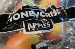 The honey crisp give the cake a great flavor